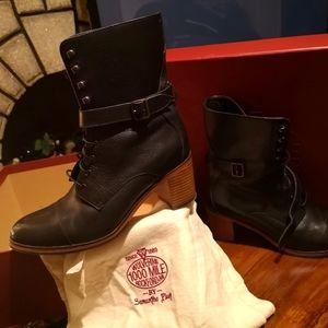 Wolverine Samantha Pleet 1000 mile Blixen Boots